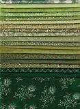 Stofpakket K Love & Hope Sampler groen assorti op beige_