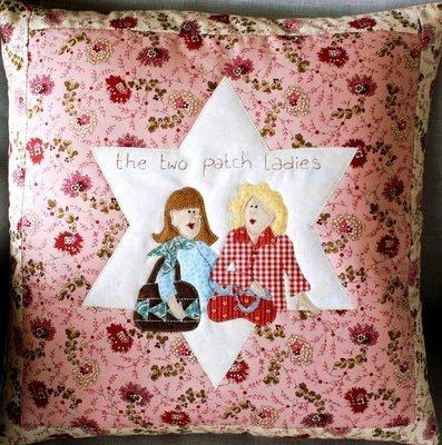 Kussenhoes Two Patch Ladies pakket