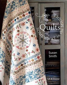 Quilts, Somewhat in the middle van Susan Smith
