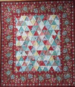 Mini Quilt Antieke Driehoekjes Rood